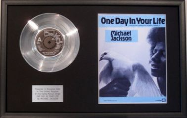 "MICHAEL JACKSON - 7"" Platinum Disc+Song Sheet- ONE DAY IN YOUR LIFE"